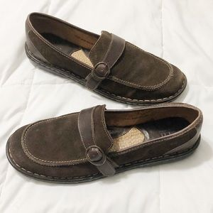 Born brown leather suede slip on loafers shoes
